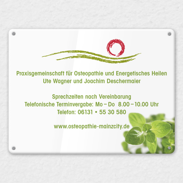 Referenz von su-pr-design: Osteopathie Mainzcity – Gestaltung von Praxisschild